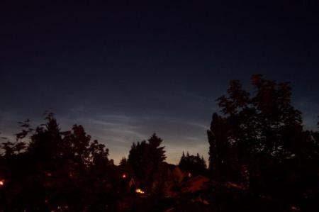 Noctilucent Clouds overhead on the 15th - Ben Monjay