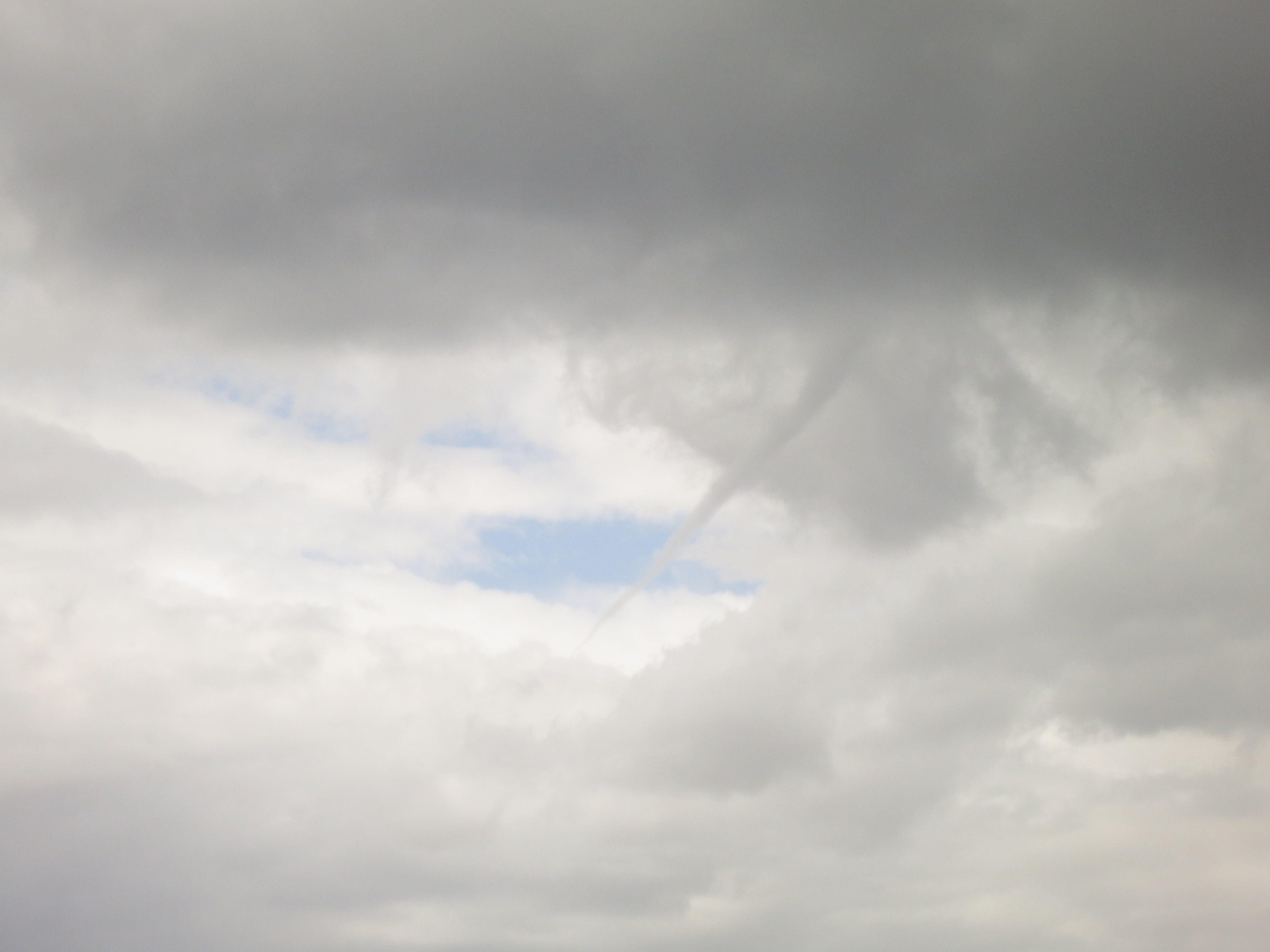 Another funnel cloud fox 12 weather blog for Another word for air