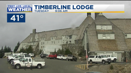 Timelapse Timberline Lodge